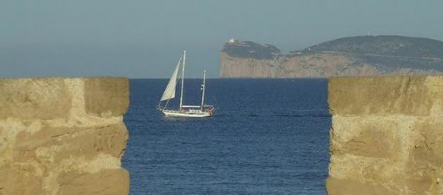 Veduta di Capo Caccia dai Bastioni di Alghero