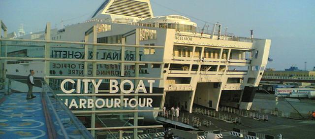 Genova - Imbarco al traghetto