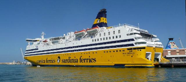 Traghetti in porto
