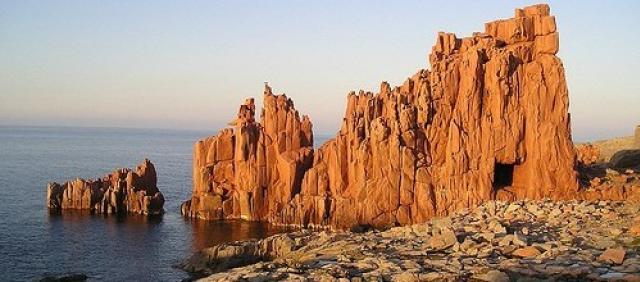 Vista sulle Rocce Rosse di Arbatax al tramonto