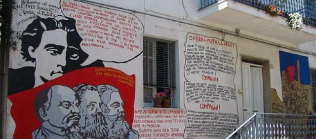 Orgosolo - I murales politici in paese