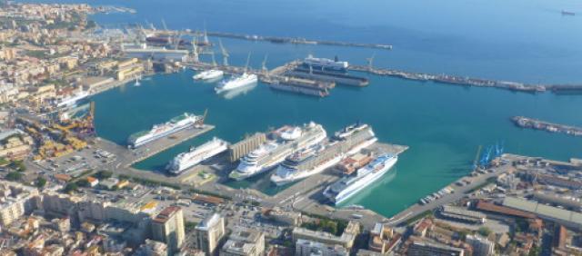 Porto di Palermo - Tratta Tirrenia da Cagliari
