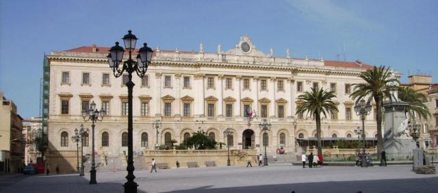 Palazzo della Provincia in Piazza Italia